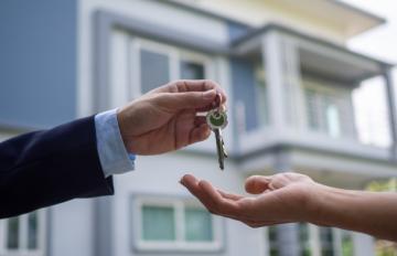 Comprar casa ou alugar: o que vale mais a pena?